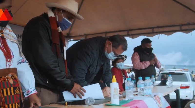 Ecuador's Left Wins Support of Indigenous Organizations For Second Round