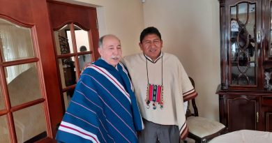 Ambassador Danilo Sanchez Vazquez with the governor of Potosi, Jhonny Mamani